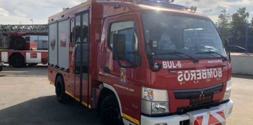 Jaén Emergency Services Rescue 78-Year-Old Woman From House Fire